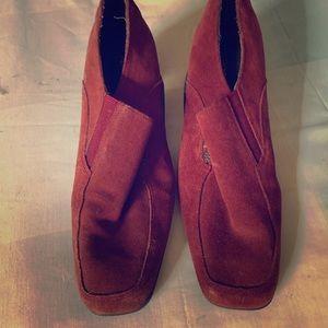 Suede Aerosole heels size 9